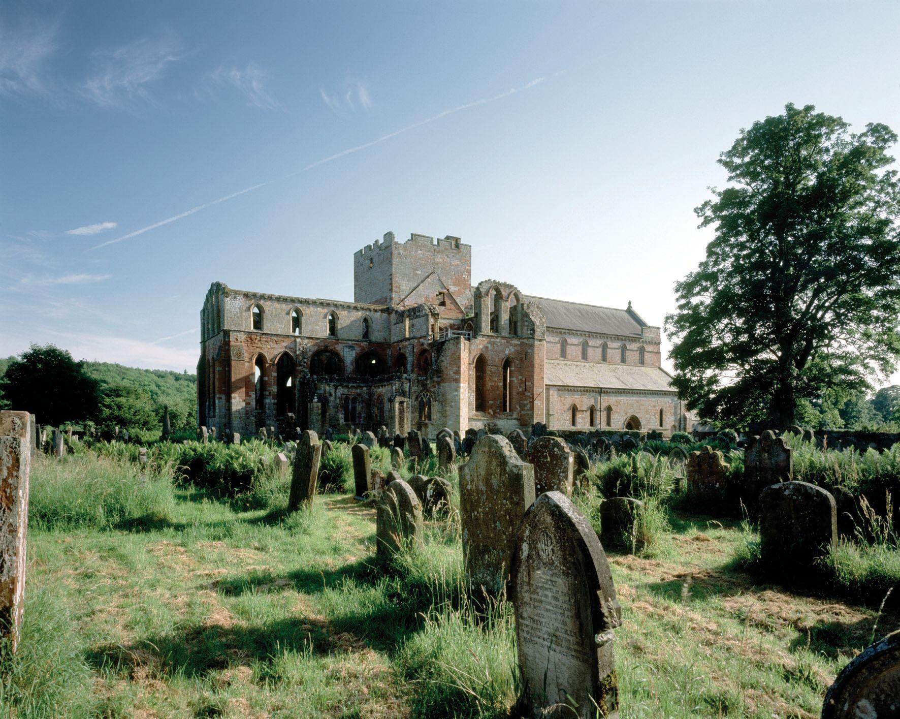 Lanercost Priory (English Heritage)