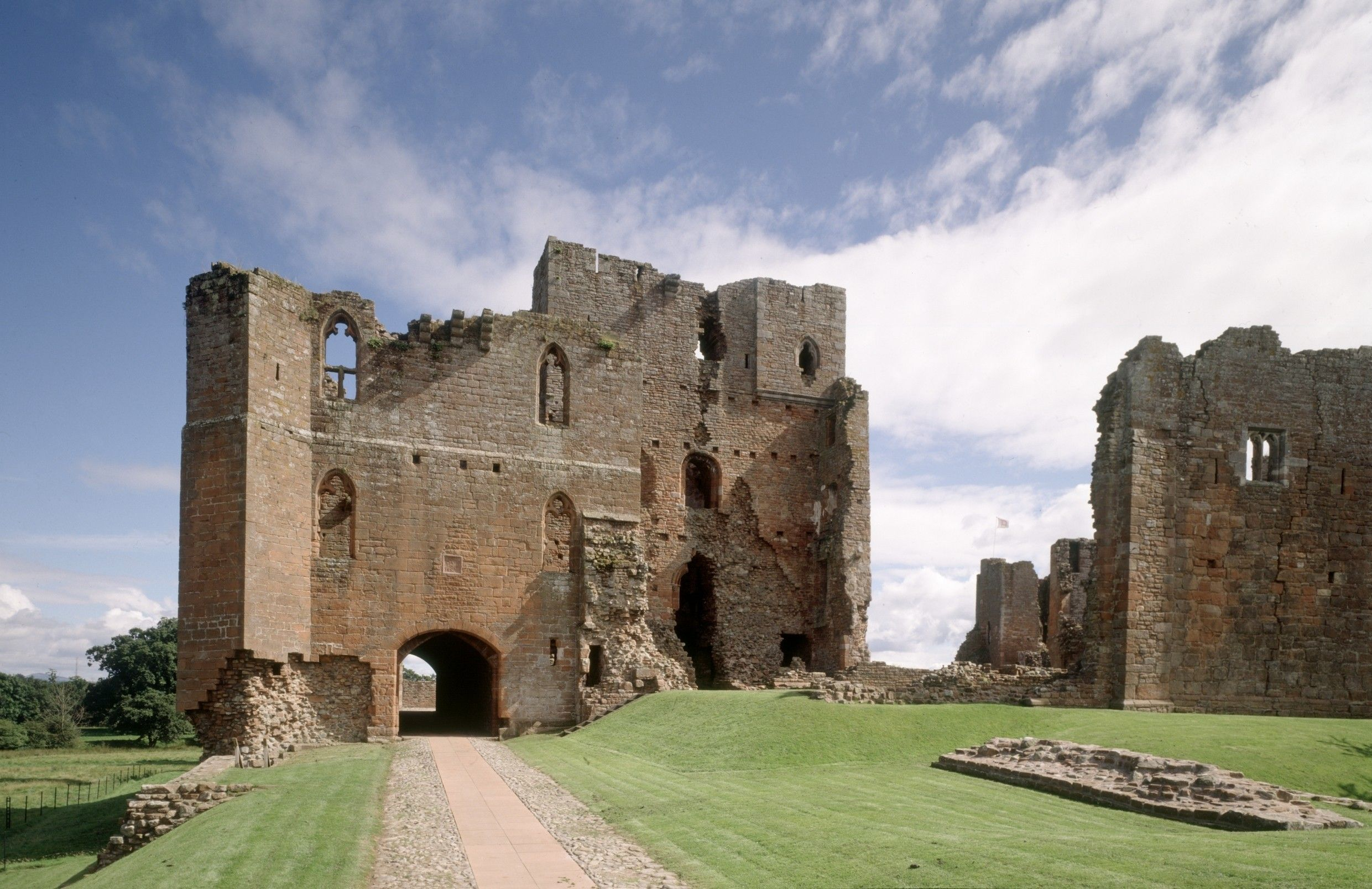 Brougham Castle, English Heritage